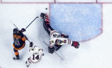 406825_philadelphia flyers chicago blackhawks nhl 676x414.jpg