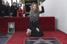 408005_rita_wilson_honored_with_a_star_on_the_hollywood_walk_of_fame_60237 7ca44d5b02a74eeaadea4aa5ae0732cd 676x449.jpg