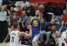 413691_stephen curry golden state warrios play off nba 676x463.jpg