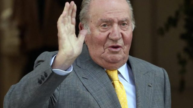 422406_spain_former_monarch_17339 344540a0009445878a37ab724a69c2fd 676x577.jpg