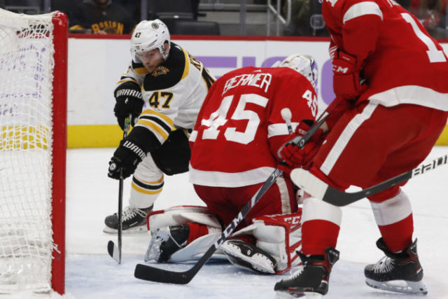 428935_bruins_red_wings_hockey_47459 dd68e449d3074423a1a4cee069e3dfab 676x451.jpg