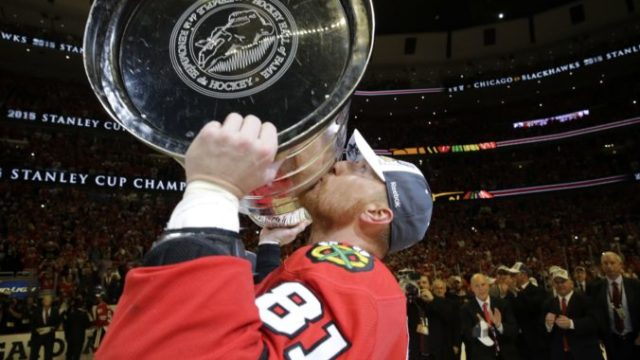 429654_marian hossa nhl chicago blackhawks 676x451.jpg