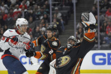 431017_capitals_ducks_hockey_23989 21f5b65750ff43db92112c562a8f24dc 676x451.jpg