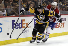 435321_canadiens_penguins_hockey_89941 69e6f58c155c4a57af4135549ff02c0c 676x451.jpg