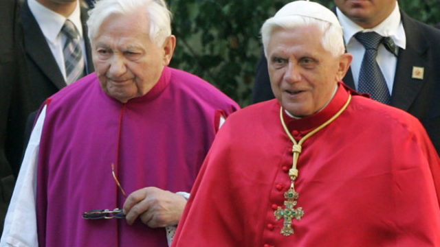 445498_correction_germany_obit_georg_ratzinger_76792 338f92f33e9d4daaad2261cb59000d70 676x438.jpg