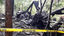 455442_philippines_helicopter_crash_90430 d1f426e14fe047d0a7e1064688fff0ab 676x381.jpg