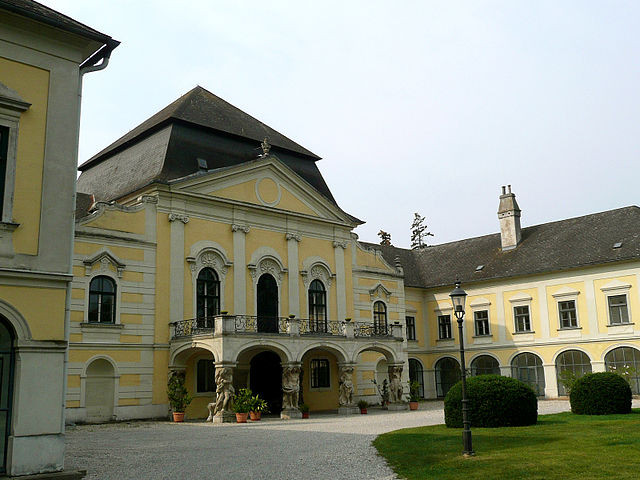 Kittsee schloss wikipedia.jpg
