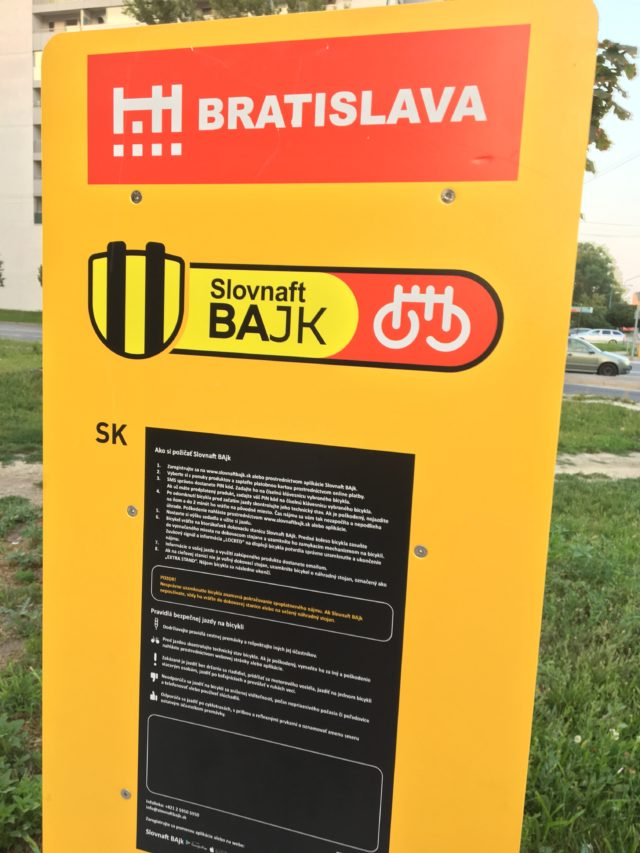 Bicykle sharebike petrzalka.jpg