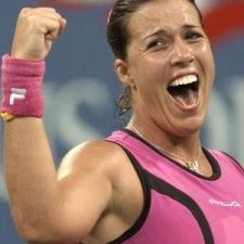 Jennifer Capriatiová