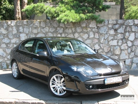 test renault laguna black edition webauto. Black Bedroom Furniture Sets. Home Design Ideas