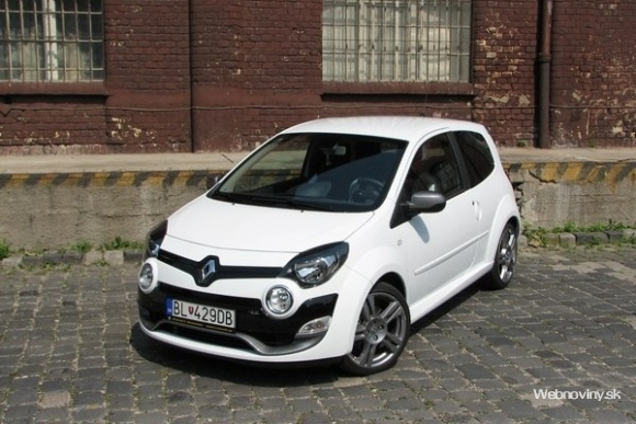 test renault twingo r s pozor hryziem. Black Bedroom Furniture Sets. Home Design Ideas