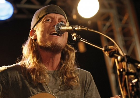 Wes Scantlin puddle of mud