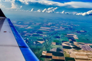 Beautiful photos from plane window 6.png