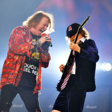 Axl Rose, Angus Young