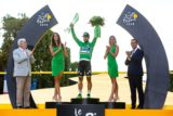 180730 tour de france winner geraint thomas celebrates with skoda auto crystal glass trophy 2.jpg