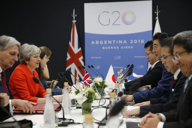 Summit G20, Mayová, Shinzo Abe,