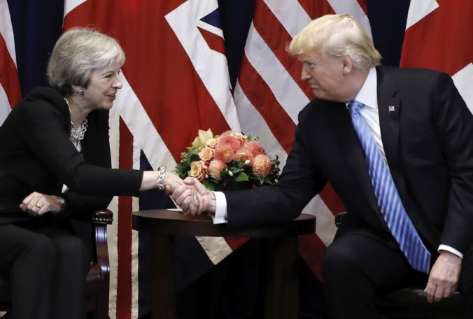 Theresa Mayová, Donald Trump