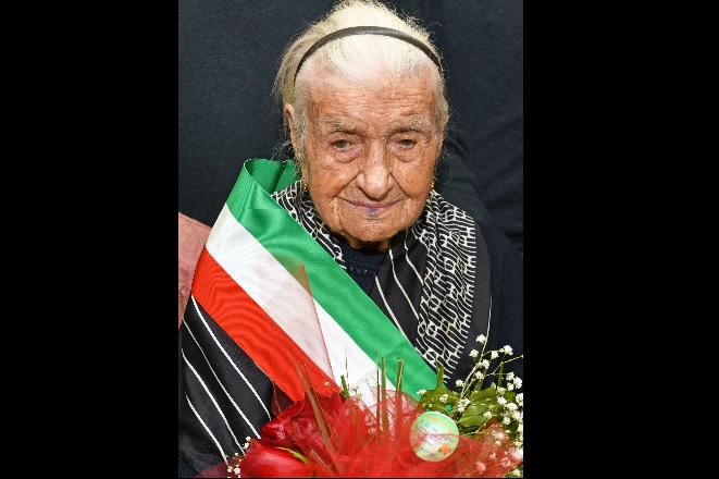 Italy_europe_oldest_woman.jpg