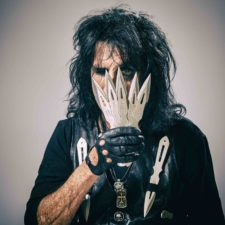 Alice cooper_paranormal_press pictures_print_copyright earmusic_credit rob fenn_resize.jpeg