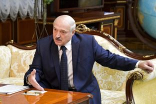 Belarusian President Alexander Lukashenko gestures while speaking to Russian Prime Minister Mikhail Mishustin, during their talks in Minsk, Belarus, Thursday, Sept. 3, 2020. On Thursday, Russia's Prime Minister Mikhail Mishustin traveled to the Belarusian capital to discuss conditions for Belarus to refinance a Russian loan. ()