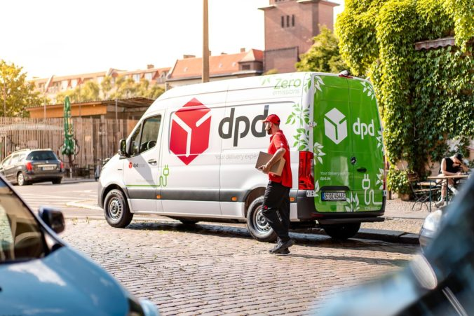 Dpd_green delivery.jpg