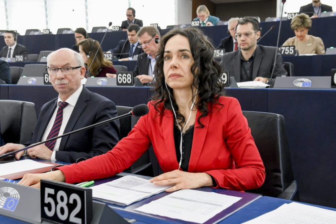 Miriam LEXMANN in the EP in Strasbourg