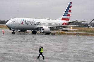 Boeing 737 Max, American Airlines