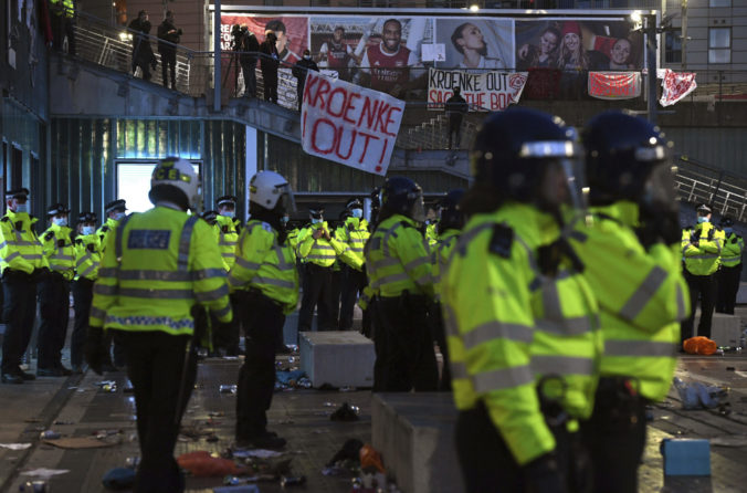 Protesty, Arsenal