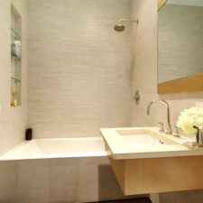 Post_contemporary full bathroom with rain shower i_g isp1aq4lp77nqn1000000000 vlo9m.jpg