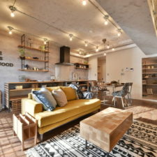 18 irresistible industrial living room designs that will take your breath away 16 1.jpg